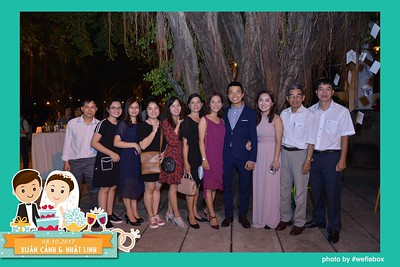 Xuan-Canh-Nhat-Linh-Wedding-by-WefieBox-Photobooth-Vietnam-15