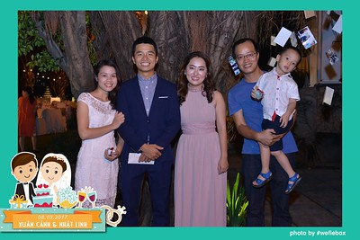 Xuan-Canh-Nhat-Linh-Wedding-by-WefieBox-Photobooth-Vietnam-06
