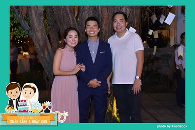 Xuan-Canh-Nhat-Linh-Wedding-by-WefieBox-Photobooth-Vietnam-39