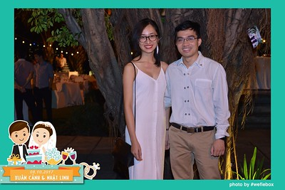 Xuan-Canh-Nhat-Linh-Wedding-by-WefieBox-Photobooth-Vietnam-21