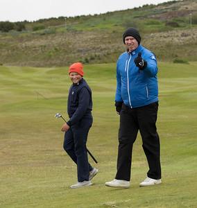 Böðvar Pálsson, kylfusveinn Dagbjartar og David Barnwell golfkennari GR. Böðvar var nýkrýndur meistari í sínum flokki, en hann og Dagbjartur kepptu einmitt um sigurinn í 13-14 ára flokknum á síðasta ári.