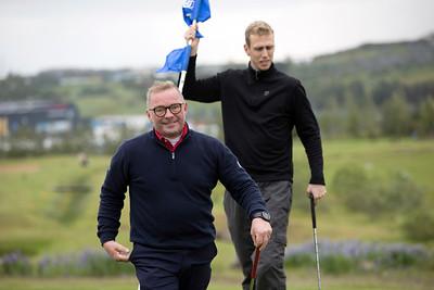 Sú tólfta að baki. Leifur Kristjánsson, Hinrik Hinriksson.