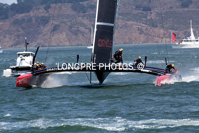 Race 5...ORACLE coming BOW-ON at reach mark.