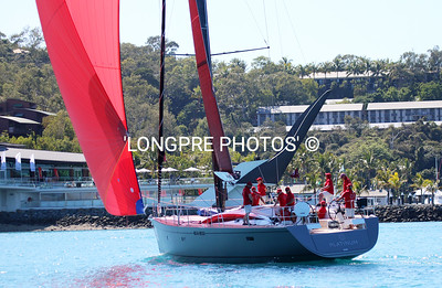 PLATINUM spin start toward HAMILTON ISLAND YACHT CLUB.