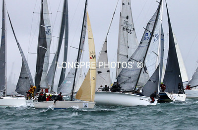PASSAGE RACE start.  Crash with 'Poco Loco' and 'The Bookmaker'