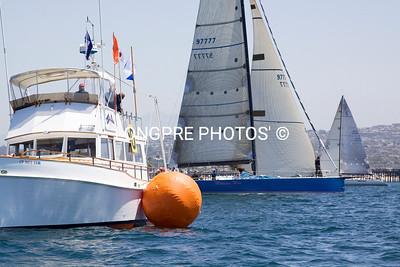 MEDICINE MAN starting behind Offshore Start boat.