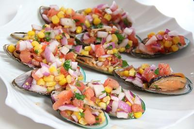 Peruvian Cooking Class May 16, 2012: Choros Chalaca