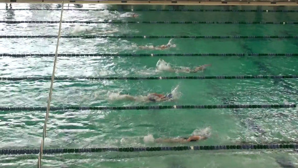 8 and under girls 100 free relay