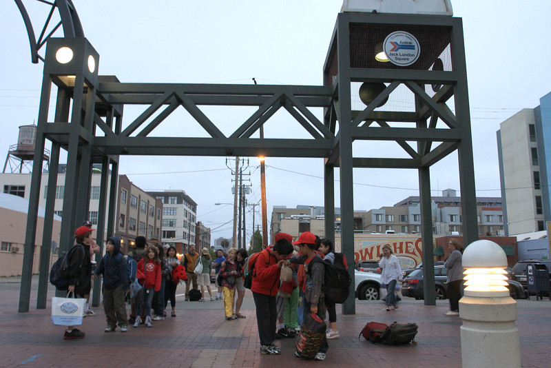 All Aboard !<br /> <br /> Jack London Square<br /> Train Station