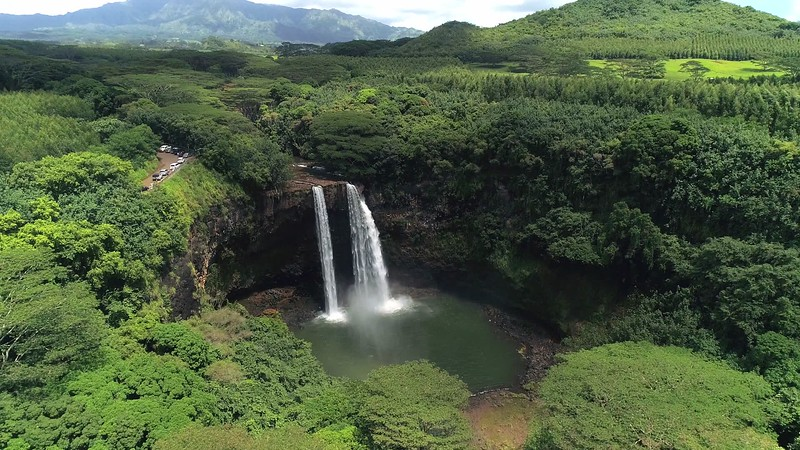 Hover over Wailua falls high-converted