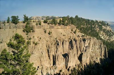 Columnar Basalt row seen from Calcite Springs