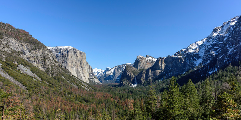 Tunnel View ... LtoR: El Capitan, Half Dome, Bridalveil Fall