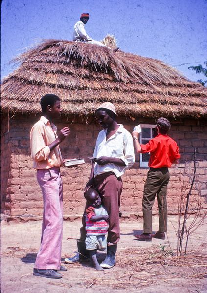 1974 Africa Door to door 1