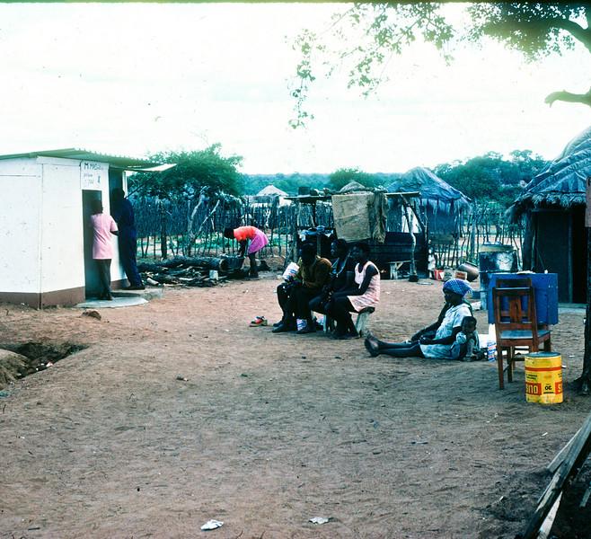 1975 Africa Door to door 3