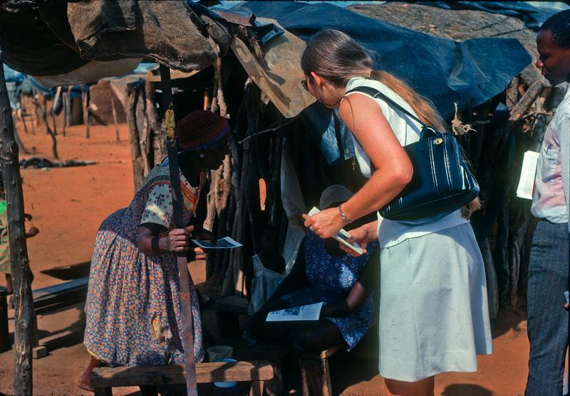1975 Africa Door to door 5