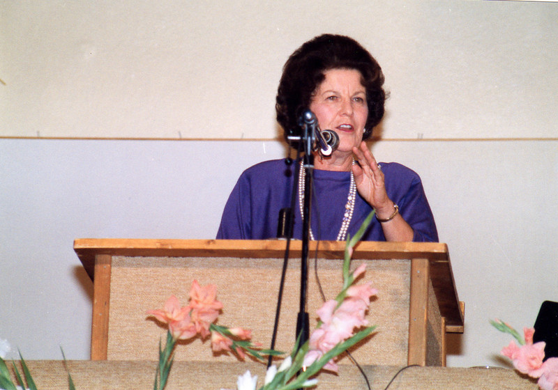 Joy Dawson speaks at the first UofN Workshop in Lausanne. 1989
