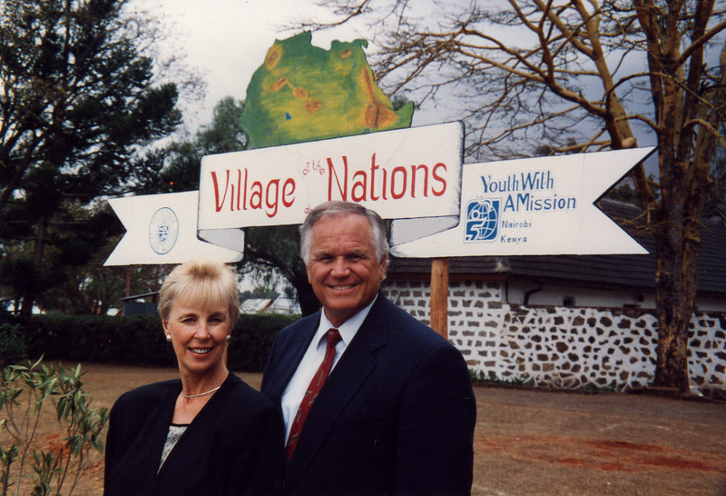 Cunninghams at Nairobi YWAM base, Village of the Nations 1992