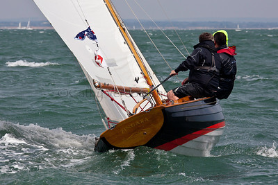 Zingara Victory Class Sailing At The 2012 Aberdeen Asset Management Cowes Sailing Week. Cathy Vercoe LuvMyBoat.com