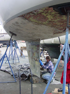 Davey Glander endless fairing,,filling, sanding