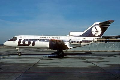LOT Polish Airlines Yakolev Yak-40 SP-LEC (msn 9541943) ZRH (Christian Volpati Collection). Image: 934715.