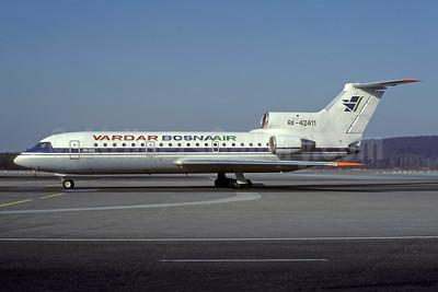 Vardar BosnaAir Yakovlev Yak-42D RA-42411 (msn 4520421219043) (Aeroflot colors) ZRH (Rolf Wallner). Image: 935419.