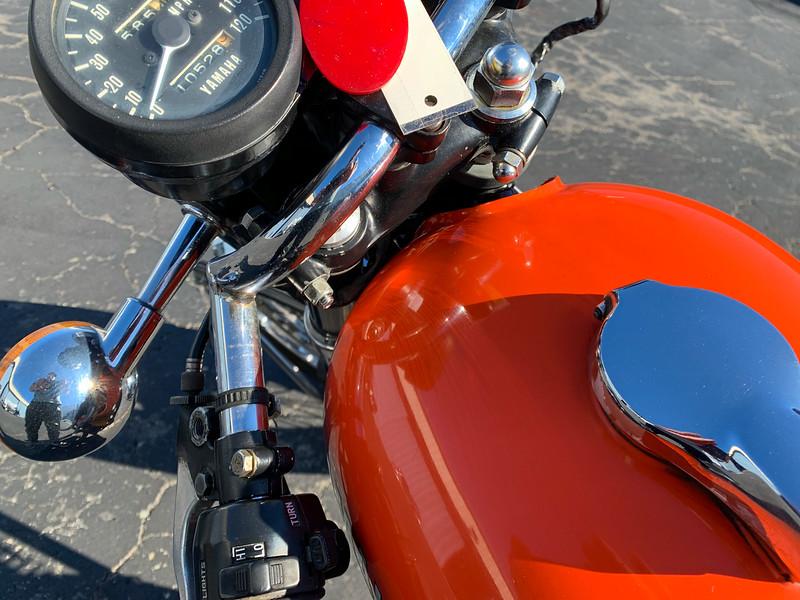 Yamaha RD250 -  (1)