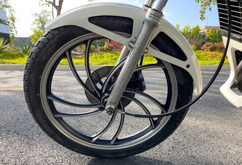 Yamaha RZ50 -  (11)