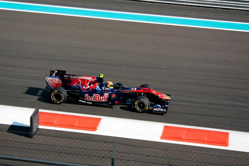 Car 17: Scuderia Toro Rosso, Jaime Alguersuari, 17th fastest in practice.