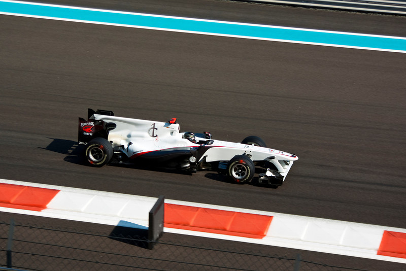 Car 22: BMW Sauber F1 Team, Nick Heidfeld, 19th fastest in practice.