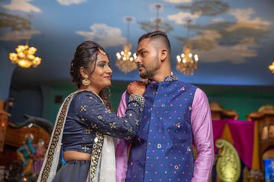 Yash & Dhruvi Garba 0047