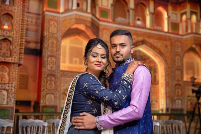 Yash & Dhruvi Garba 0008