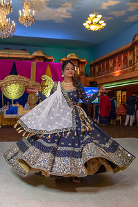 Yash & Dhruvi Garba 0034