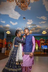 Yash & Dhruvi Garba 0048