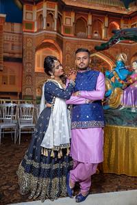 Yash & Dhruvi Garba 0002