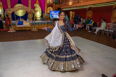 Yash & Dhruvi Garba 0033