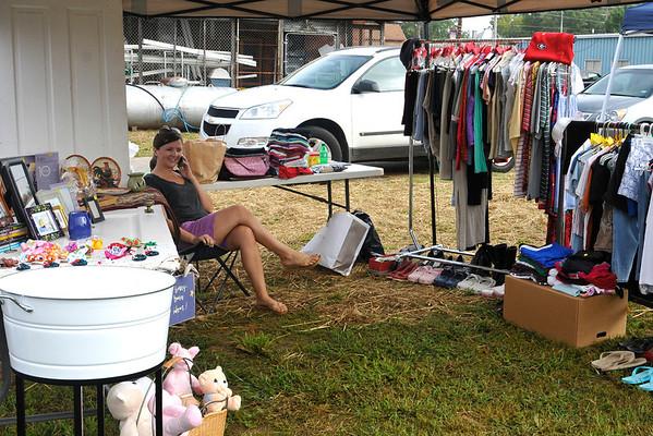 9 8 12 Yville Market Day 523