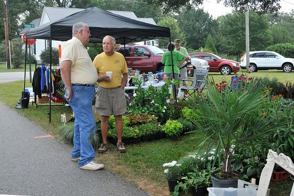 9 8 12 Yville Market Day 490