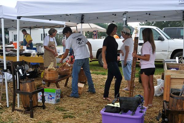9 8 12 Yville Market Day 515
