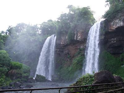 Las Hermanas falls