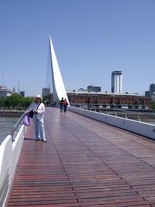 Bridge des Mujeres