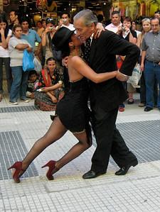 Tango Dancers at Gallerias Pacifico