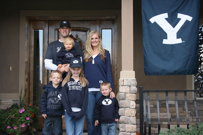 BYU Homecoming--Cougar Fans!