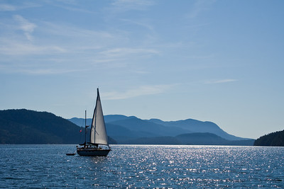 WHITE TRILLIUM Sailing from Pendrell Sound to Walsh Cove