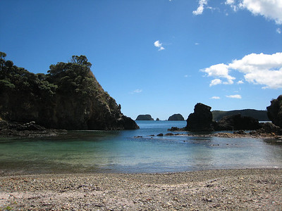 Classis Bay of Island rock formations