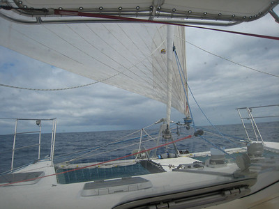 From the navigation seat we can see the foredeck and the reacher.