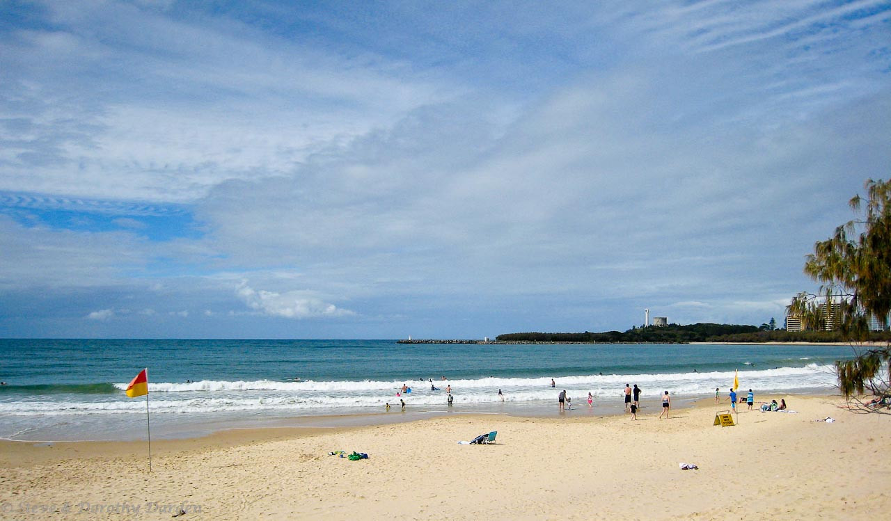 Flags indicate the beaches that are patrolled by Surf Lifesavers.
