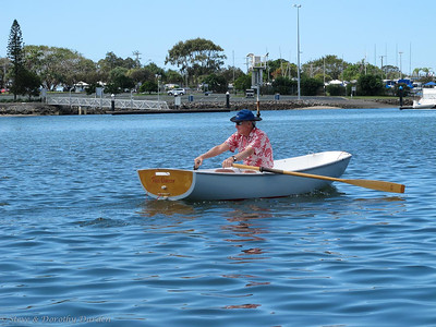 Commodore commuting in Taxi Dancer (Mooloolaba 2010)