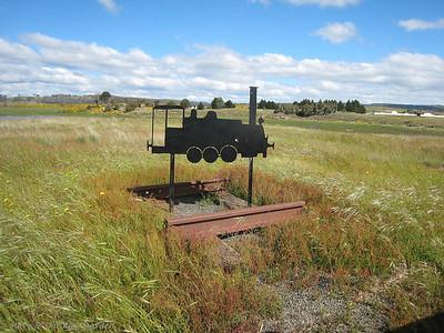 Railroad sculpture near the lake view