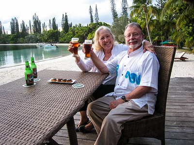 Dorothy and Steve with sundowners at Oure Resort