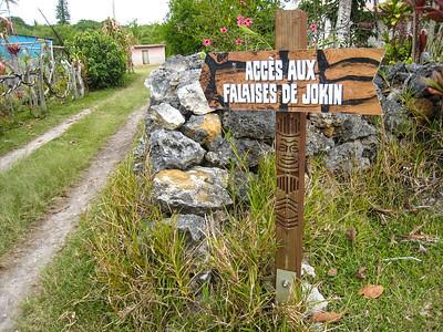 Pathway to the Jokin Cliffs